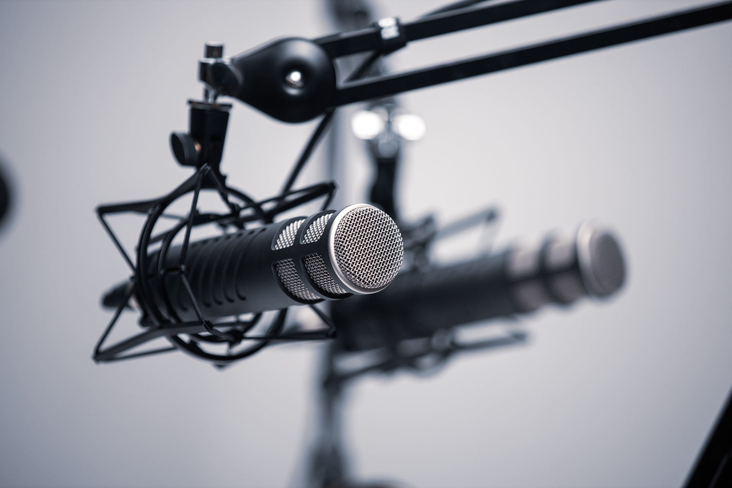 best cheap microphone for singing